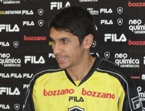 Lucio Flavio explicou que Joel Santana escolheu Renato Cajá para cobrar pênaltis na quarta-feira