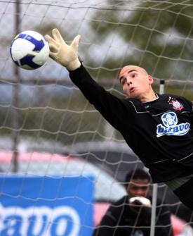 Julio Cesar assume o gol do Corinthians contra o Racing