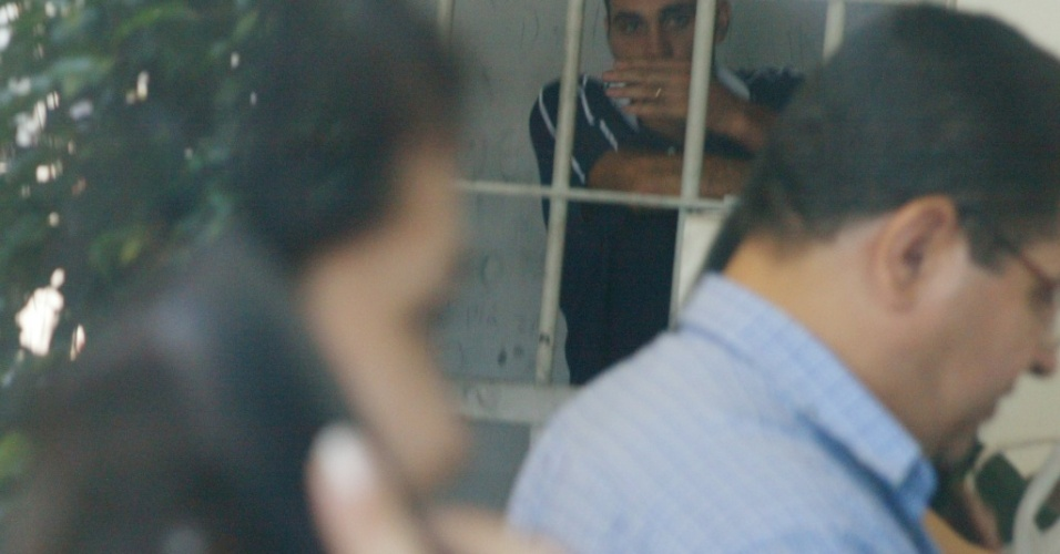 Argentino Desabato preso após racismo contra o brasileiro Grafite