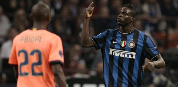 Balotelli despontou para o futebol internacional na Inter de Milão com Roberto Mancini