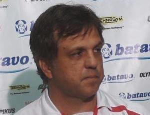 Sem reforços para a equipe, técnico Rogério Lourenço teme pelo futuro do Fla no Brasileiro