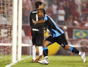 Borges marcou o segundo gol da vitória do Grêmio, que encaminha título do Campeonato Gaúcho