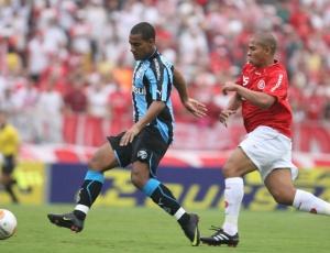 Rodrigo foi dispensado, está parado em Porto Alegre e terá contrato rescindido com o Grêmio