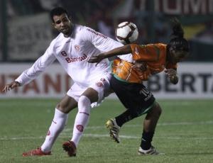 Torcida será importante no jogo, diz Sandro