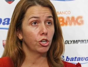 A presidente Patricia Amorim está no clima da 'decisão entre Fla e Corinthians nesta quarta