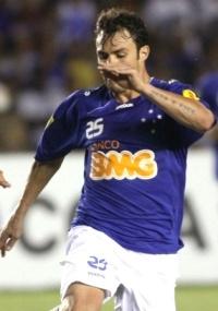 Para Kléber, Cruzeiro tem de tirar proveito da considerável vantagem