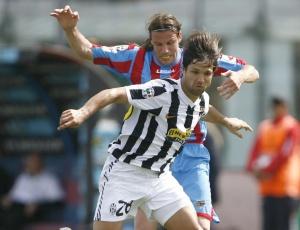 Diego pouco produziu na temporada da Itália e despertou o interesse de equipe da Alemanha
