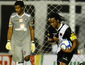 O gol contra o Vitória, pela Copa do Brasil, pode ter sido o último de C.Alberto com a camisa do Vasco