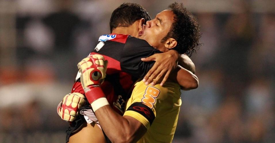 Jogadores do Flamengo comemoram gol contra o Corinthians