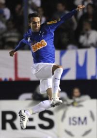 Thiago Ribeiro comemorou 8 gols na Libertadores pelo Cruzeiro