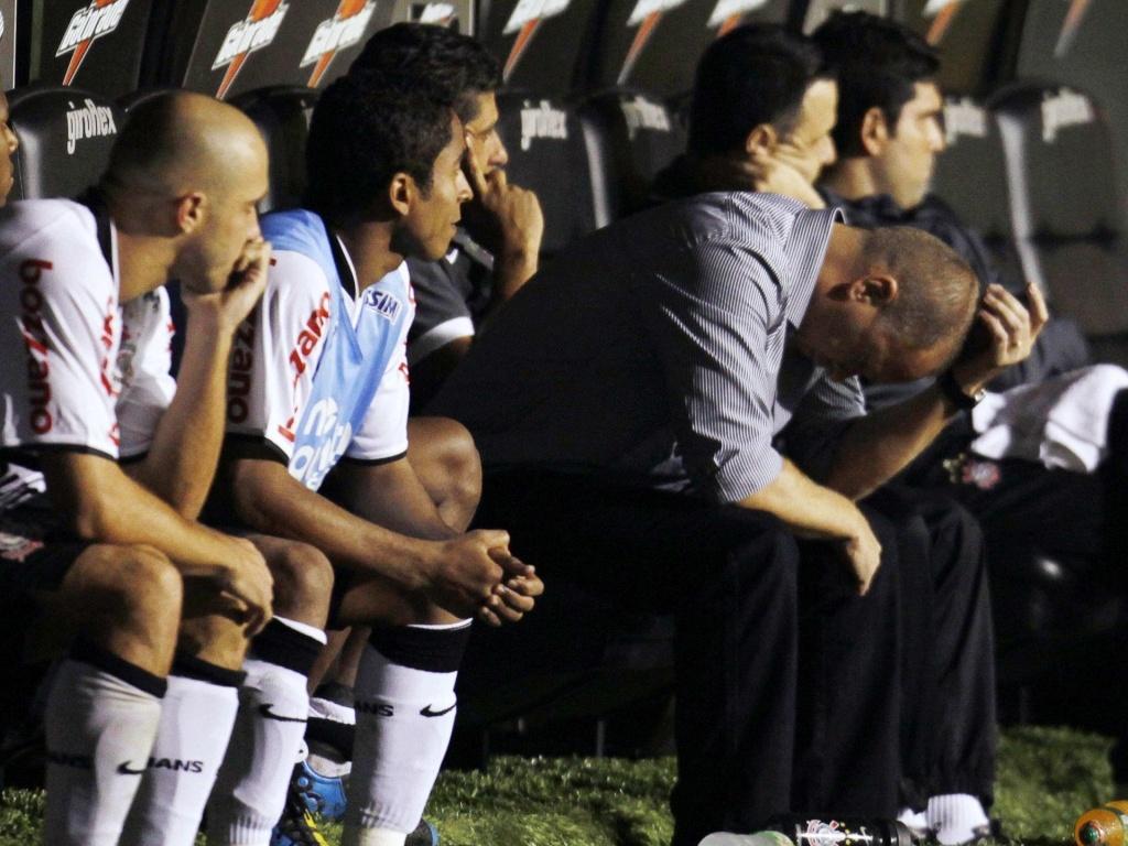 Mano Menezes lamenta eliminação do Corinthians para o Flamengo