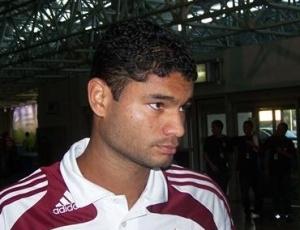 Zagueiro Gum espera que árbitros não sejam protagonistas dos próximos jogos do Fluminense