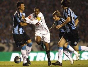 Grêmio e Santos fizeram jogos disputados na Copa do BR e acertam amistoso para período de Copa