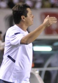 Adilson Batista diz que reação se deve à superação da equipe