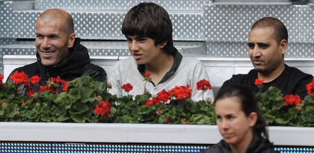 Zidane acompanha jogo de Rafael Nadal contra Oleksandr Dolgopolov pelo Masters de Madri
