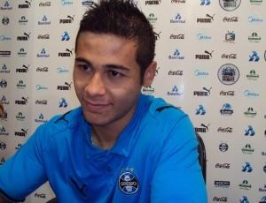 Bruno Collaço deve ganhar uma oportunidade na lateral-esquerda contra o Corinthians neste domingo