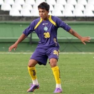 O meia Dudu está cotado para substituir Rafinha na partida do Coritiba com a Portuguesa