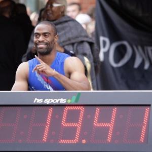Tyson Gay quebra recorde nos 200m pista reta