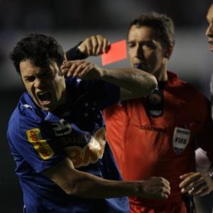 Kleber foi expulso 6 vezes jogando pelo Cruzeiro, mas diz que está mais calmo do que em 2008