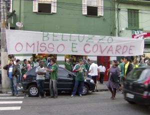 No último sábado, torcida aproveitou despedida do Palestra Itália para protestar contra o presidente