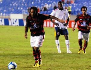 No Maracanã, Love fez 10 dos 23 gols que marcou no Fla desde que chegou ao clube, em janeiro