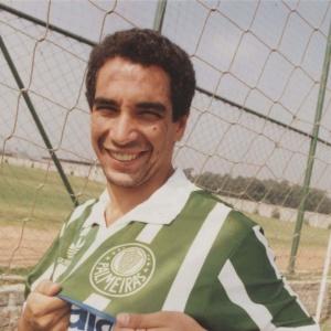 O ex-jogador Zinho, na época do Palmeiras