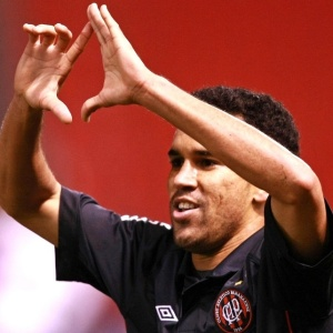 Wagner Diniz voltou a treinar no time titular e tem escalação confirmada diante do Flamengo