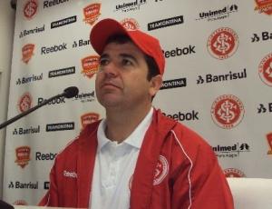 Não podemos ficar lamentando muito, diz Enderson Moreira, técnico interino do Internacional