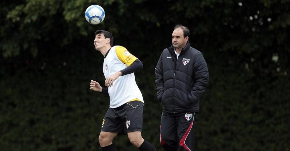 Dos zagueiros, apenas Xandão está à disposição de Ricardo Gomes para o jogo contra o Guarani