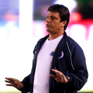 Adílson teria recusado o Inter para acertar com o Palmeiras, que não confirma a negociação