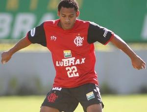 Marcinho, ex-jogador do Flamengo, é dos que estão próximos de reforçar o Corinthians em 2010