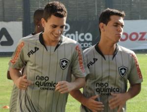 Caio (e) disse que uma das suas metas para esse ano é conseguir uma vaga na seleção brasileira