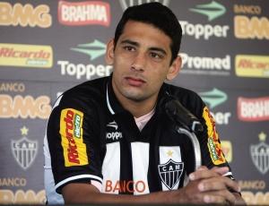 Para ficar com mais 30% dos direitos de D. Souza Atlético terá que ceder 2 atletas