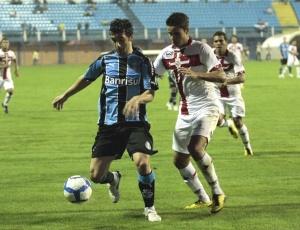Douglas evoluiu desde que Renato Gaúcho chegou ao Grêmio, criticou Silas e vibrou por não marcar