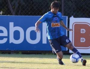 Pedro Ken não esconde motivação com o início do trabalho do técnico Cuca no Cruzeiro