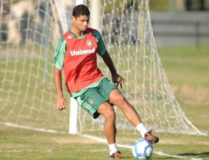 Zagueiro Gum afirmou que os gols sofridos no clássico aconteceram por erros da defesa