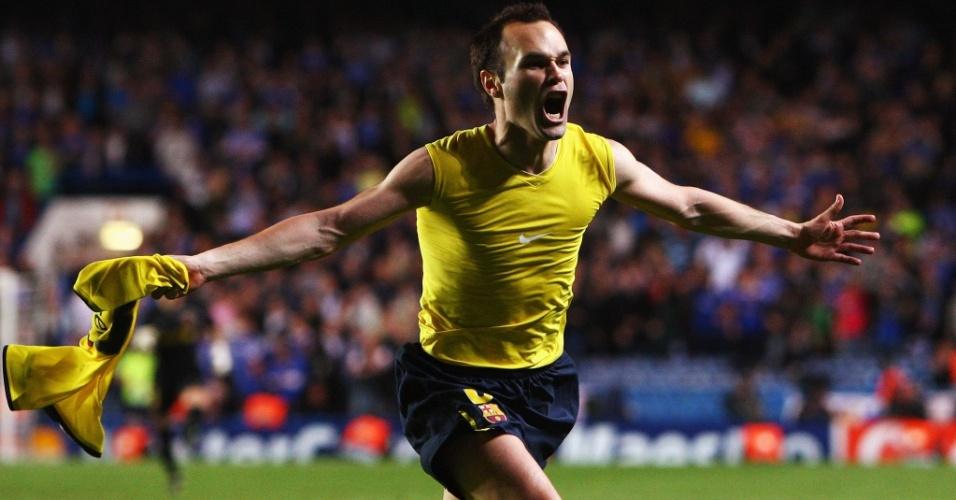 Iniesta comemora gol do Barcelona contra o Chelsea na semifinal da Liga dos Campeões 2008/2009