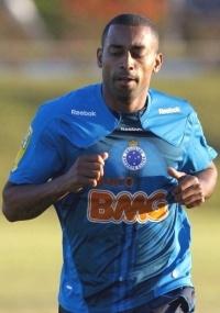 Robert diz que jogar contra Corinthians é sempre bom