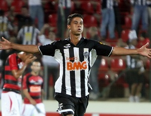 Ricardo Bueno quer fazer mais gols para se manter titular do Atlético-MG nos jogos do Brasileirão