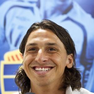 Zlatan Ibrahimovic anuncia em entrevista coletiva o seu retorno à seleção sueca