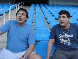 Gustavo Herrera e German Vilches acompanharam o treinamento do Botafogo nas arquibancadas