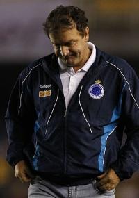 Cuca crê que faltou alguma coisa para o Cruzeiro vencer a partida