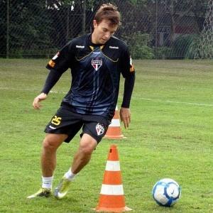 Dagoberto está perto de deixar o São Paulo