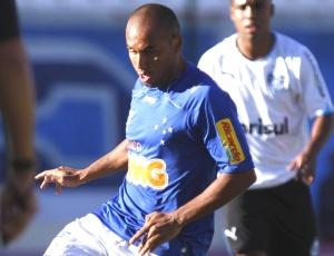 Jonathan, que volta contra o Corinthians, espera que a torcida seja toda favorável ao Cruzeiro