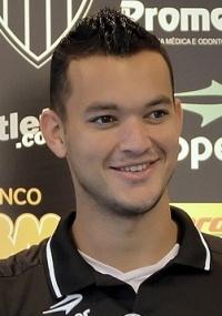 Réver aguarda registro de seu contrato para estrear pelo Atlético