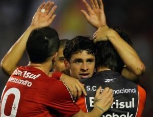 Ressaca do título fez Inter poupar titulares e também Giuliano, cotado para jogar domingo