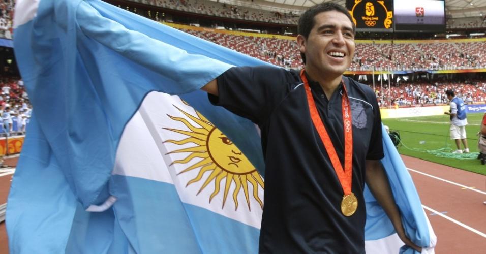 Juan Román Riquelme comemora o título olímpico da Argentina em Pequim, em 2008