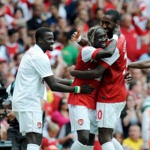Arsenal comemora gol na vitória contra o Celtic