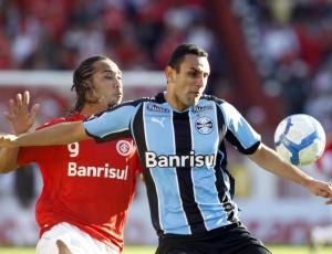 Rafael Marques é titular da defesa do Grêmio mas esteve para sair do clube em duas oportunidades