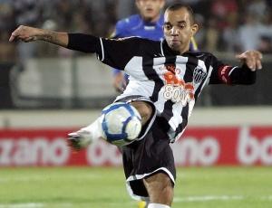 Diego Tardelli vai embarcar do Rio para os Estados Unidos e poderá jogar contra o Botafogo
